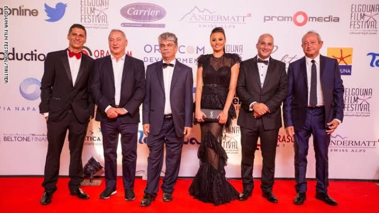 تكريم الفنان القدير عزت العلايلي في مهرجان الإسكندرية السينمائي
